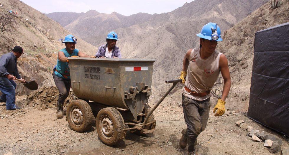 Por otro lado, el viceministro señaló que la inversión en exploración minera creció 30% durante el 2017, pero este año crecería 20% aproximadamente, superando los US$ 5,000 millones (Foto: Andina).