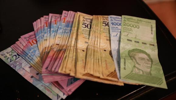 El Fondo Monetario Internacional (FMI) redujo su previsión de inflación en 2019 de 10,000,000% a 1,000,000%. (Foto: EFE)