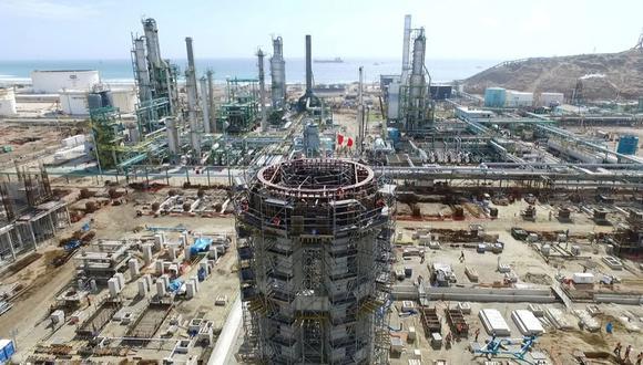 Además del contrato con CESCE por US$ 1,300 millones, que ya se acordó pero aún no se emite el dinero, solo queda una última emisión por US$ 600 millones prevista por la petrolera estatal para el segundo semestre del 2019 (Foto: Andina).