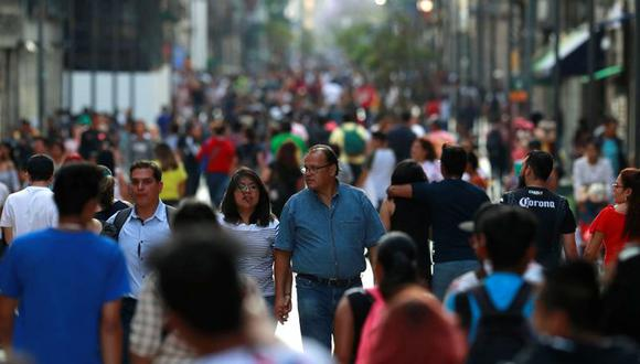 En el sondeo, la mediana de las estimaciones de 36 economistas apuntó a un crecimiento de 3.5% el próximo año, la misma predicción que en julio. Pero la contracción prevista para este año se moderó a -5.1% desde -6.4%. (Foto: Reuters)