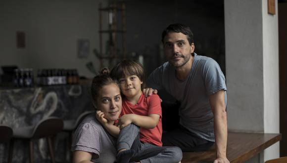 LIMA, LUNES 13 DE ABRIL DEL 2020Retrato de Virgilio Martínez en un rincón de su casa, en cuarentena junto a Pía León y su hijo.Fotos: Anthony Niño de Guzman \ GEC