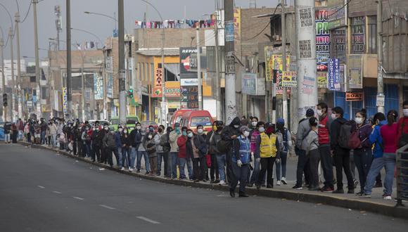 La cantidad de casos confirmados aumentó este jueves. (Foto: Anthony Niño de Guzmán/GEC)