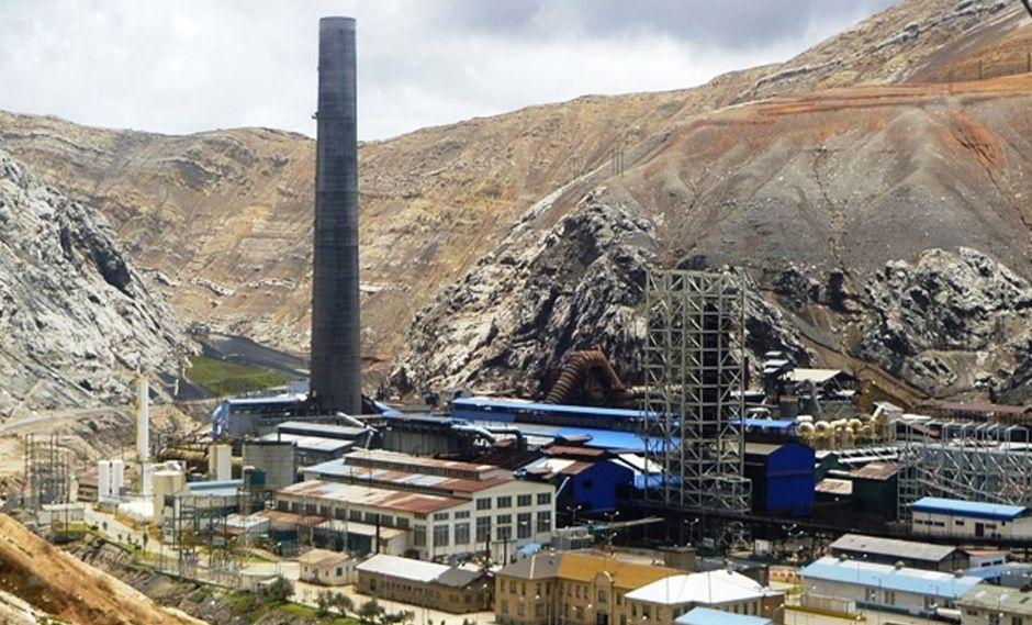 Foto 10 |  La mina de cobre Cobriza, de la empresa Doe Run Perú, se adjudicaría antes del 2 de abril de este año, que es la última fecha de subasta del activo, proyectó la ministra de Energía y Minas, Ángela Grossheim. El sistema que se tiene en estos procesos es realizar hasta un máximo de tres remates (por el activo) y en alguno  de ellos se espera que se concrete la venta. La funcionaria explicó que la subasta por separado de la mina Cobriza y del Complejo Metalúrgico de La Oroya se debe a que los postores son distintos para cada uno de estos activos.