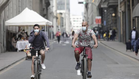 Lima y Callao ahora se encuentran en nivel sanitario moderado, por lo que el toque de queda inicia a la 1 de la madrugada. (Foto: Jessica Vicente/@photo.gec)