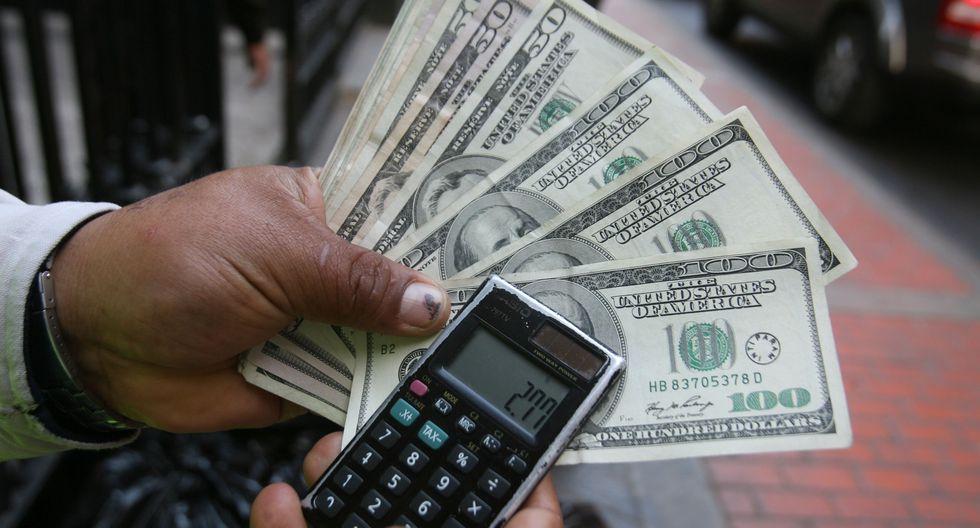 En el mercado paralelo o informal, el tipo de cambio se cotiza a S/ 3.460 la venta. (Foto: GEC)