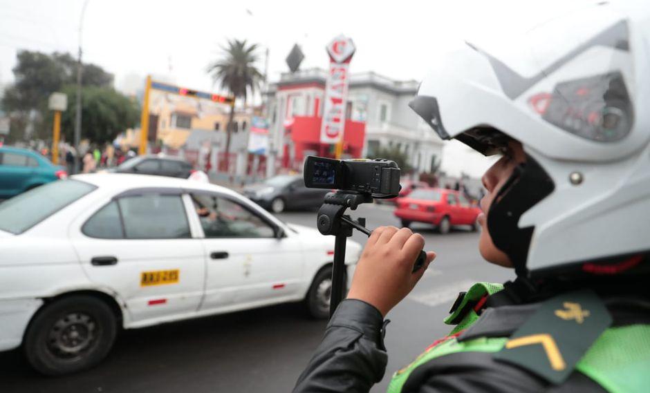 En la segunda etapa de implementación de 'pico y placa' se aplicará la multa de S/ 336 a aquellos conductores infractores. (Foto: GEC)