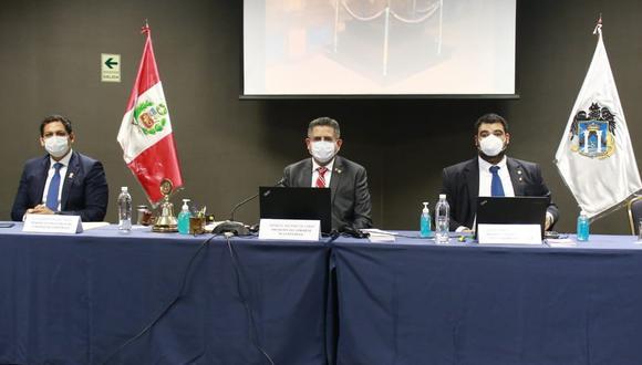 Manuel Merino de Lama se refirió a los casos de parlamentarios contagiados por el COVID-19. (Foto: Congreso)
