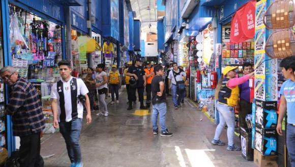 18 de enero del 2011. Hace 10 años –  US$ 20 mlls. al día mueven los comercios del centro de Lima