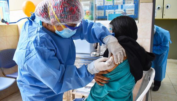 Hasta ahora solo se han vacunado los menores de 12 años con algún tipo de comorbilidad y que reciben tratamiento contra la TBC, por ejemplo. (Foto referencial Diresa Callao)