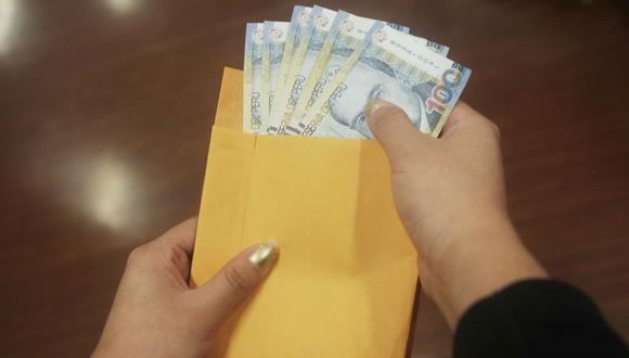 Retiro de CTS para pagar deudas caras.