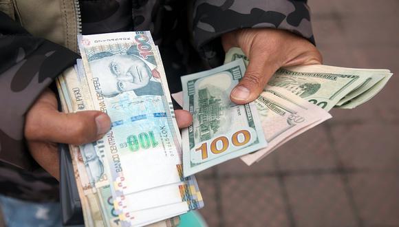 El dólar sigue por encima de los S/ 4.00 en la plaza cambiaria local. (Foto: Eduardo Cavero / GEC)