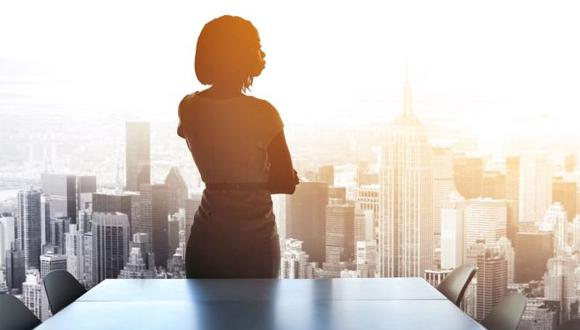 El dominio de los ambientes, hogar y empresa, en el que se desenvuelve la mujer es un motivo que influye en la decisión de participar en el gobierno de la empresa.