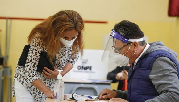 Antes de acudir a votar, los candidatos a la presidencia realizarán el tradicional desayuno electoral ante los medios de comunicación. (Foto: Andina / Referencial)