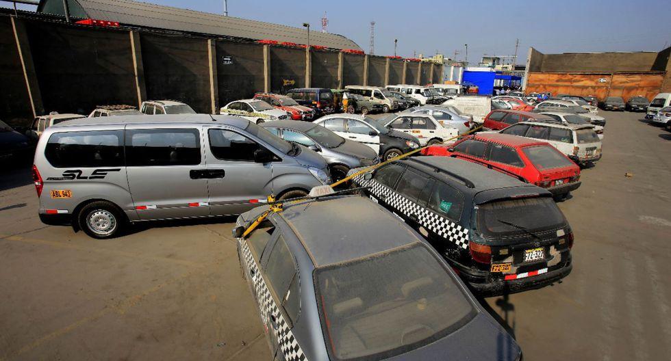 SAT, remate de vehículos. (Foto: Andina)