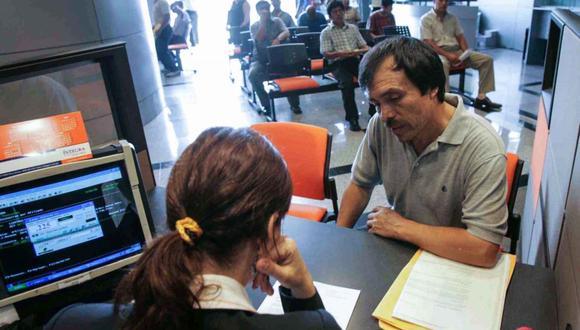 De aprobarse el dictamen aprobado por la Comisión de Economía, hombres y mujeres podrán acceder a la jubilación anticipada a partir de los 50 años. (Foto: Andina)