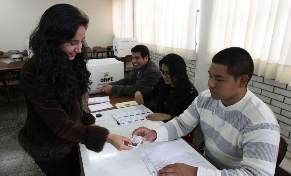 Este 9 de diciembre se realizará la segunda vuelta en 15 regiones del país (Foto: Andina)