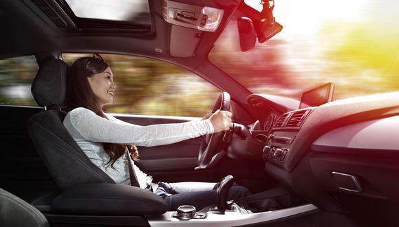 """""""Las mujeres quieren una unidad de vanguardia. Buscan un carro que se adapte a su estilo de vida versátil""""."""