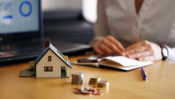 Para optar por un crédito hipotecario y una tasa competitiva es importante tener un historial crediticio y usar productos financieros como tarjetas de crédito.