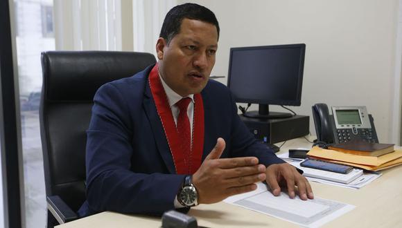 El fiscal Omar Tello indicó que el Ministerio Público no descarta la medida de prisión preventiva para los investigados en este caso. (Foto: GEC)