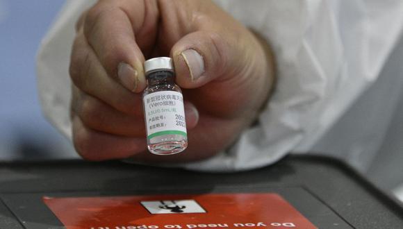 El titular de Salud señaló que el ofrecimiento inicial de vacunas de Sinopharm eran por 38 millones.  (Foto de Aizar RALDES / AFP).