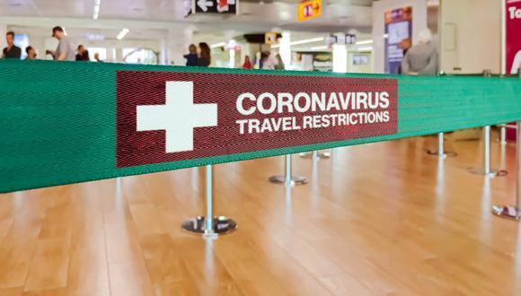 El embarque de personas portadoras del coronavirus refleja el riesgo de levantar prematuramente las restricciones de viaje. (Foto: Getty Images)