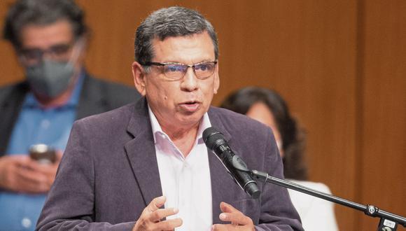 El ministro de Salud, Hernando Cevallos, dijo que mandatario es quien dirige la política general de Gobierno, tomando en cuenta las opiniones de sus ministros según cada cartera. (Foto: GEC)