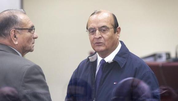 Vladimiro Montesinos realizó llamadas telefónicas sin autorización los días 10 y 23 de junio. (Foto: GEC)