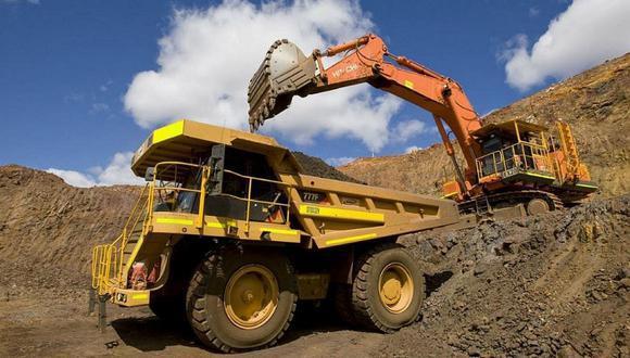 Aunque el sector minero, que reporta el mayor porcentaje de exportaciones del país, mantuvo sus actividades a niveles mínimos durante los 3 meses de cuarentena estricta del 2020, el país perdió más de 2 millones de puestos de trabajo en distintos sectores económicos hacia el cierre del año.