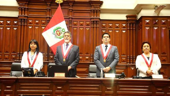 La Mesa Directiva elegida el lunes 16. (Foto: Congreso)