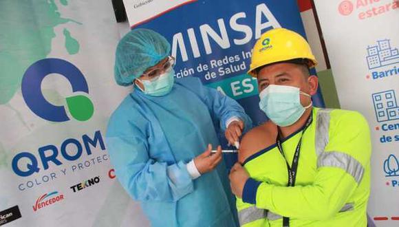Diris Lima Este inicia vacunación contra la COVID-19 en empresas privadas. (Foto: Minsa)
