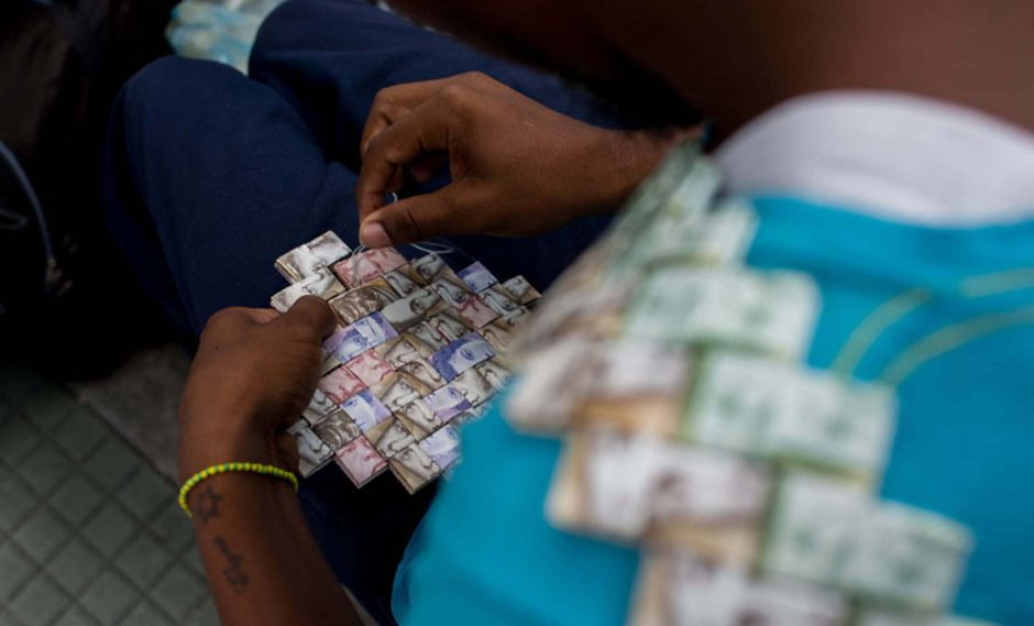 Y Los Bolívares Monedas Extranjeras Son Primera Opción En Venezuela