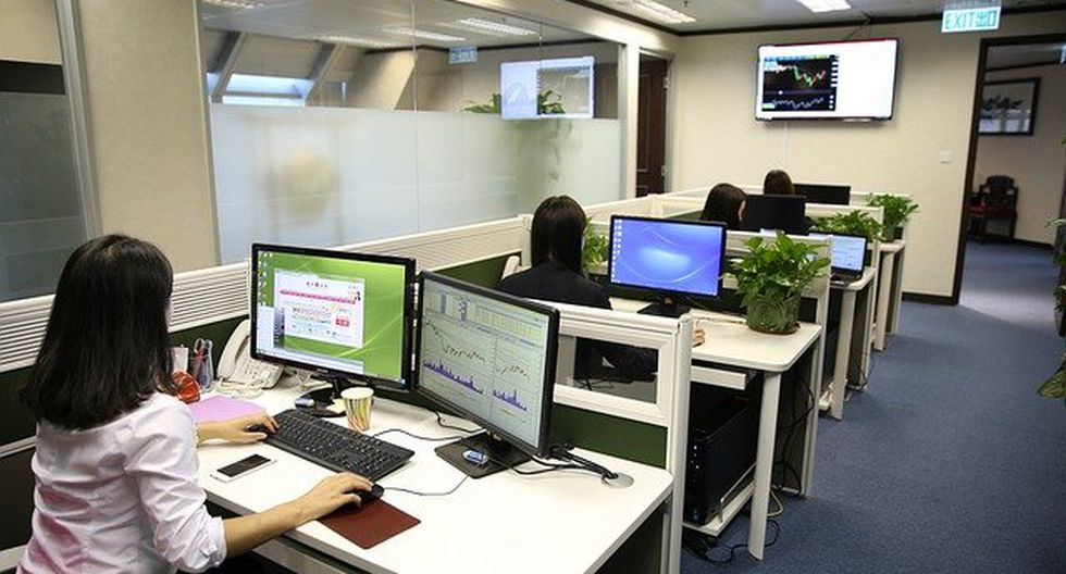 Las empresas realizarán una elección meticulosa respecto a qué colaboradores volverán a las oficinas. (Foto: Pixabay)