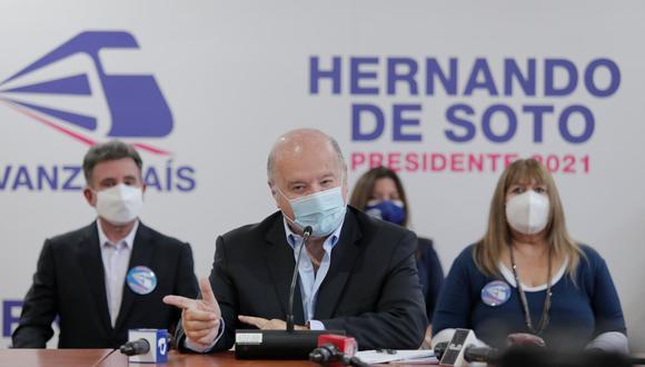 Hernando de Soto dijo que la campaña presidencial pone en riesgo de coronavirus a todos los candidatos. (Foto: Leandro Britto / El Comercio)