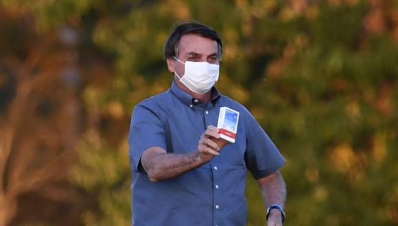 """Bolsonaro ya había indicado a inicios de mes a un grupo de simpatizantes que debería pasar por el quirófano para la extracción de un cálculo """"más grande que un frijol"""". (Foto: AFP)."""