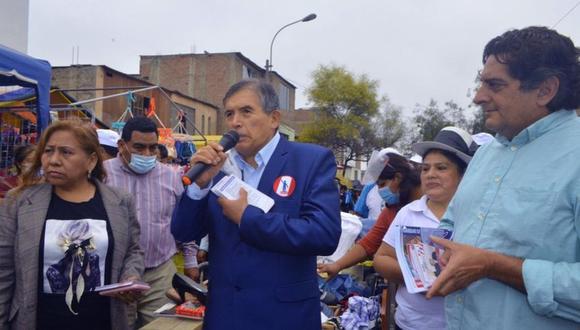 Ciro Gálvez, de Renacimiento Unido Nacional, obtiene hasta el momento apenas el 0.513% de votos emitidos a su favor. (Foto: Runa / Facebook)