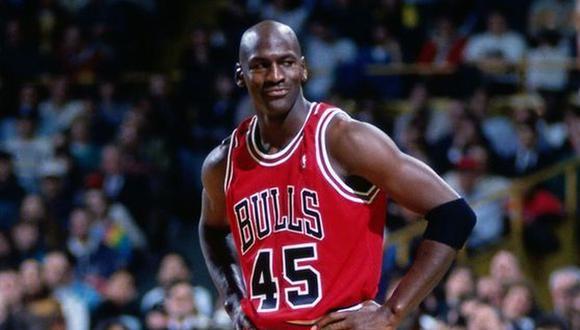 Según Forbes, Michael Jordan sufrió una importante pérdida económica por la pandemia del Covid-19. (Foto: Agencias)