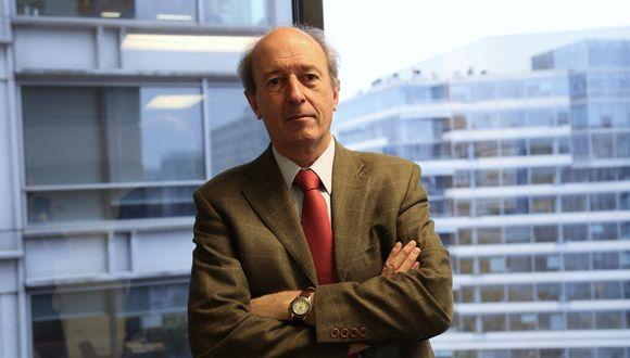 """Martín Rama, economista jefe del Banco Mundial para la región de América Latina y el Caribe, lideró la elaboración del informe """"La economía en los tiempos del COVID-19""""."""