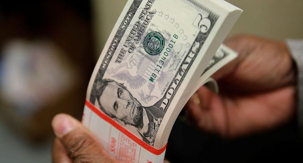 Precio del dólar en el Perú cerró a la baja. (Foto: Reuters)