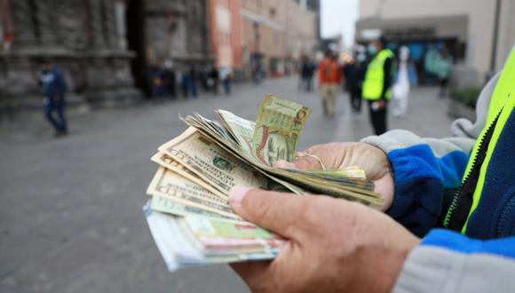 El ticket promedio de cambio, en el caso de las personas naturales, paso de US$ 880 a US$ 1,250, según Inka Money. (Foto: GEC)