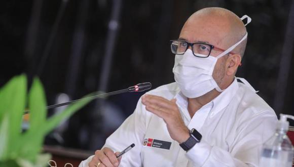 Zamora está denunciado por los presuntos delitos de propagación de enfermedad peligrosa y negociación incompatible.