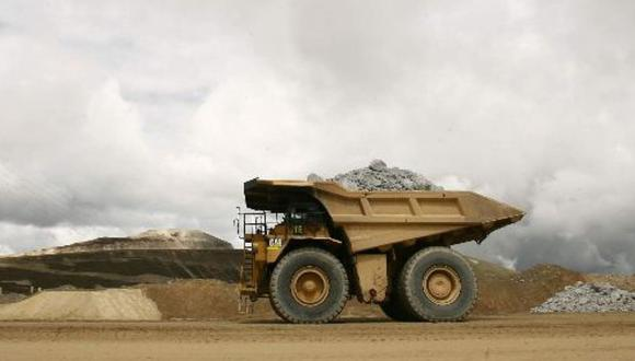 Barrick tiene un objetivo de producción aurífera anual de entre 4.6 millones y 5 millones de onzas.