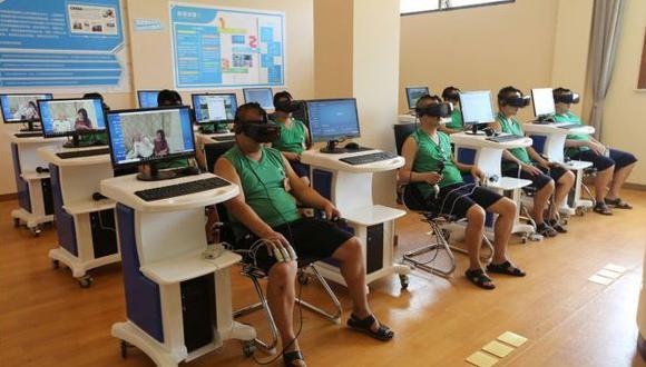 En su Centro Psicológico de Corrección, los internos se someten a terapias que desde el primer momento contienen elementos tecnológicos. (Foto: EFE)