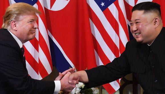 Donald Trump se reunió con Kim Jong-un en Hanói. (Foto: AFP)