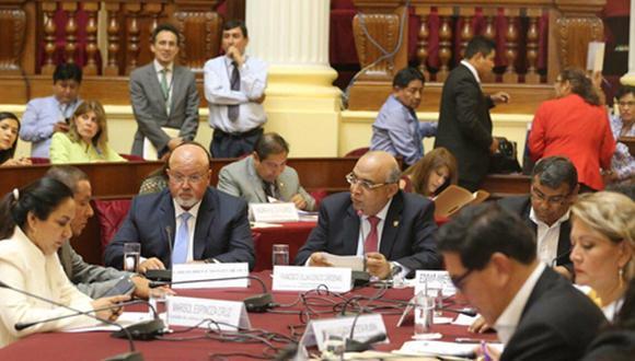 Ministro Bruce asistió al Congreso a sustentar proyecto de desalojo notarial . (Foto: Difusión)