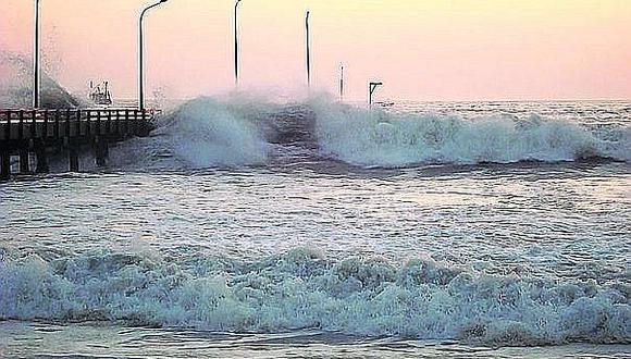 Oleajes de ligera a moderada intensidad : A 70 se eleva el número de puertos cerrados en todo el litoral