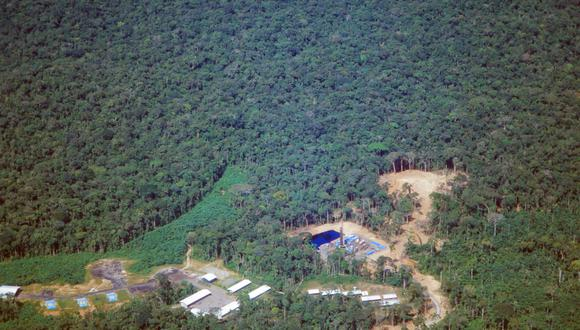 Pero las comunidades indígenas que se resisten a los planes de expansión de la industria petrolera en sus territorios señalaron que cualquier banco que respaldara el comercio de crudo era cómplice de las crecientes amenazas a la selva tropical más grande del planeta. (Foto: iStock)