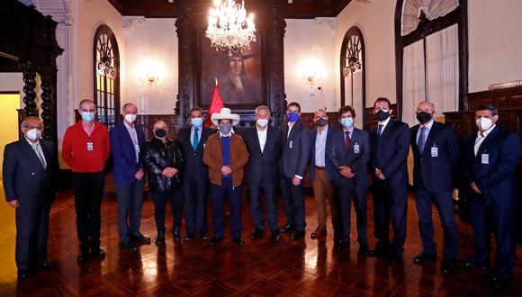 Según el portal de Transparencia, el encuentro se produjo la noche del último sábado. (Foto: Presidencia)