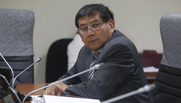 Angel Neyra, miembro de la Comisión Permanente, presentó denuncia por incidentes en el Congreso horas antes de su disolución. (Foto: GEC)