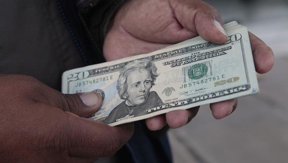El dólar en la jornada anterior se cotizó a S/ 3.337. (Foto: GEC)
