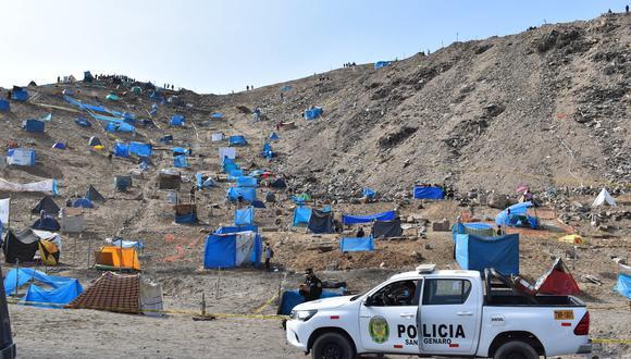 Policía Nacional inicia operativo para desalojar cerca de 5 mil invasores del Morro Solar en Chorrillos. (Foto: Municipalidad de Chorrillos)